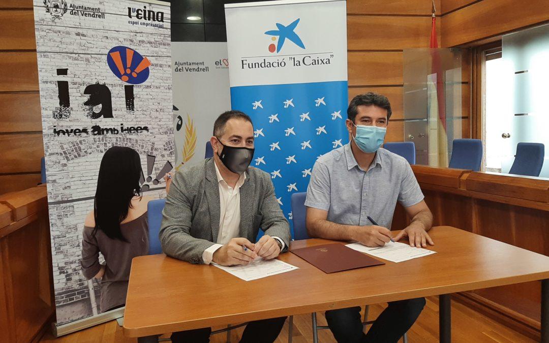 """La Fundació """"la Caixa"""" i CaixaBank col·laboren amb el projecte Joves amb Idees de l'Ajuntament del Vendrell"""